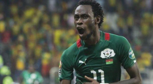 Le carton rouge de Pitroipa a été annulé par la CAF, après visionnage de la vidéo du match.