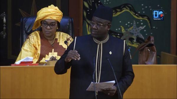 Assemblée nationale : le député Mberry Sylla invite le ministre Dame Diop à renforcer les moyens pour le financement entier de la formation des jeunes.