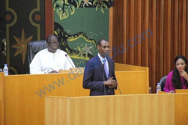 Assemblée nationale : Le budget 2021 du ministère des Finances et du Budget est arrêté à près de 242 milliards FCFA.