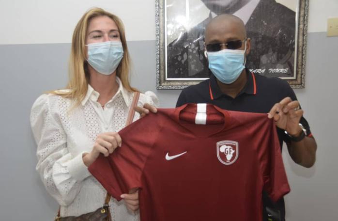 Académie Génération Foot : La famille de feu Papa Bouba Diop et le ministre des sports ont visité les lieux, Aron Diop futur pensionnaire.