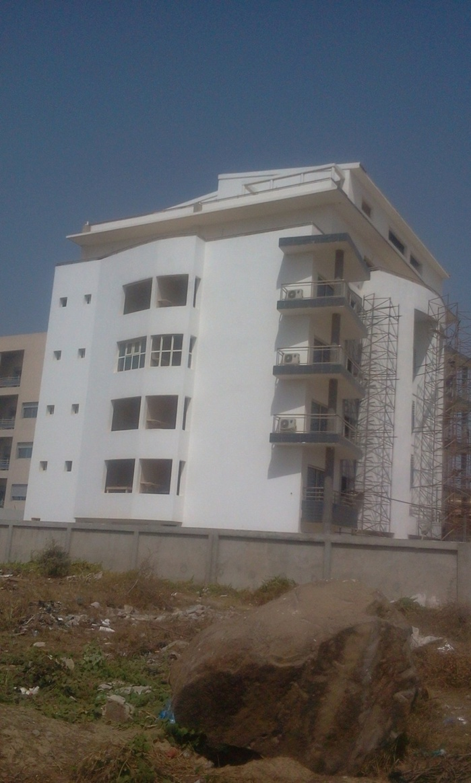 Arrêt sur image  : Voici les deux imposants immeubles cautionnés par  Pape Aly Guèye!
