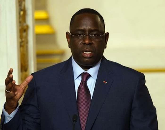 Macky SALL brandit l'épée contre ses ministres : « … Pas de communication avec la presse »