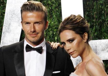 David Beckham et Victoria : promenade en amoureux sur les Champs Elysées