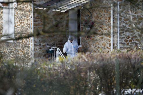 Trois enfants égorgés: la mère hospitalisée d'office, marche à leur mémoire