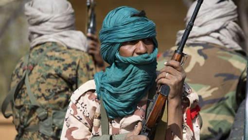 Mali: les troupes françaises bombardent la base d'un groupe armé