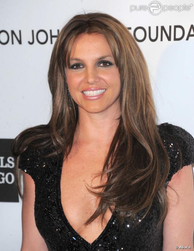 Britney Spears, métamorphosée : Elle dit une nouvelle fois adieu au blond !
