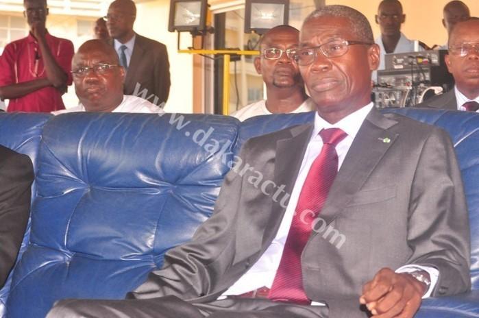 « La plupart de nos pays sont affectés par les crises politiques » selon le Général Pathé Seck Ministre de l'intérieur