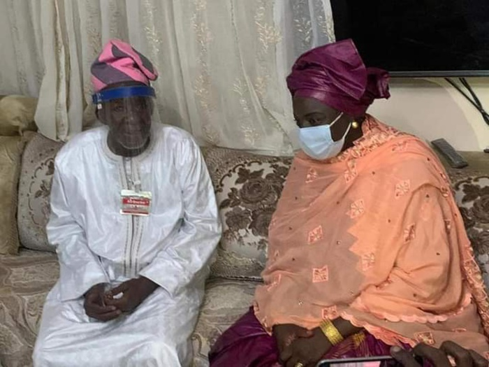 Mimi Touré à Médina Baye pour présenter ses condoléances : long tête à tête avec le Khalife et rencontre avec les lieutenants politiques