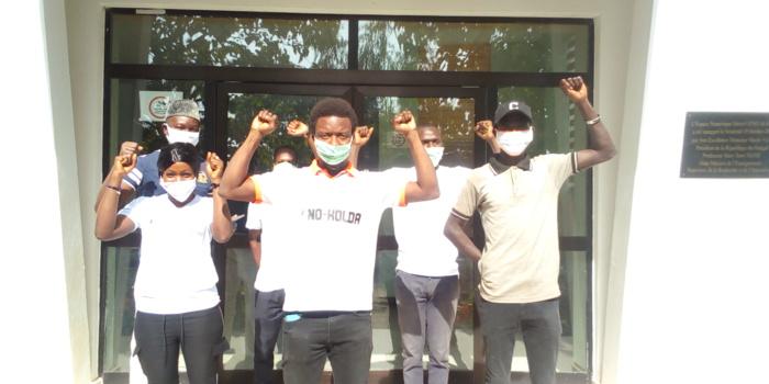 Retard du paiement des bourses et non-respect du calendrier des examens : les étudiants de l'université virtuelle de Kolda en grève…