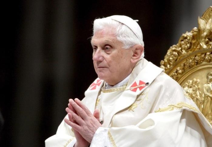 HOMMAGE AU PAPE BENOIT XVI Dans l'unité de la foi, notre reconnaissance filiale !