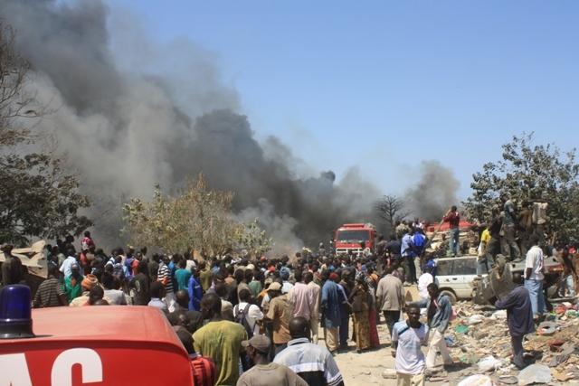 Les images de l'incendie qui s'est déclaré hier à hauteur de l'ancienne piste de Ouakam-Mermoz