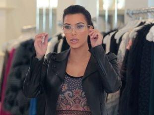 Kim Kardashian enceinte : une silhouette qui enfle a vue d'oeil !