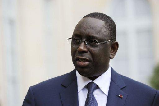 Visite de Macky Sall en France: la police française fouille les militants de l'Apr