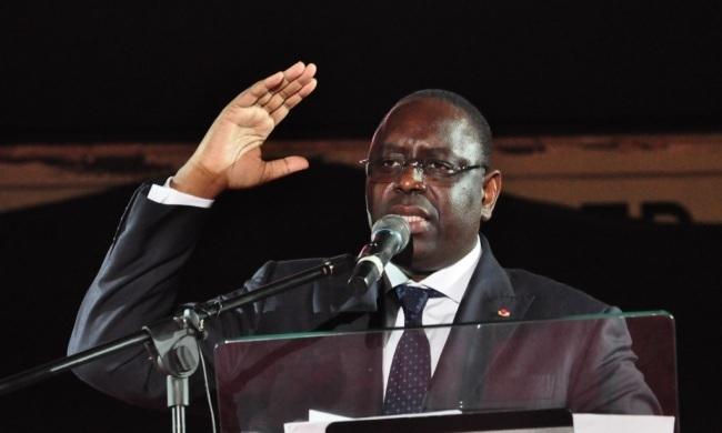 """Et cette fois ci, ce n'est pas Sarko qui nous insulte en terre étrangère mais bien notre cher Macky: """"les Sénégalais n'aiment ni la transparence, ni la vérité, ni la rigueur..."""""""