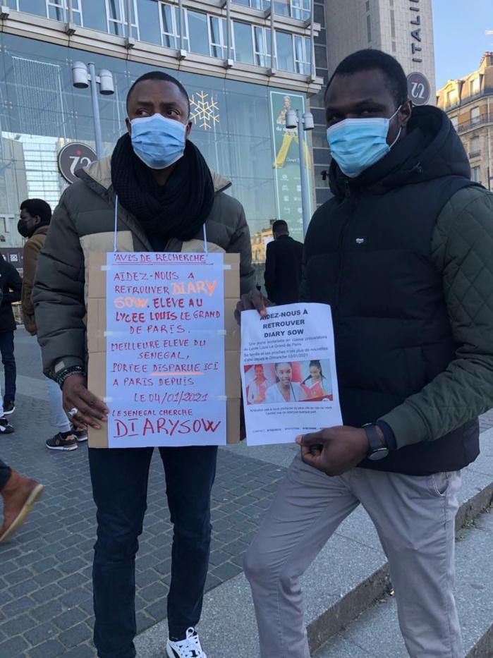 Diary Sow portée disparue à Paris : Les étudiants en France investissent les rues pour retrouver la meilleure élève du Sénégal.