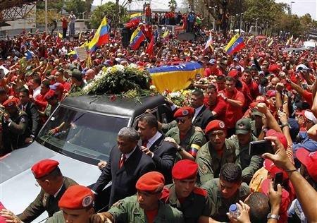 Le Venezuela en deuil bascule dans l'après-Chavez