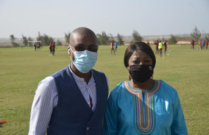 Visite : La secrétaire générale de la FIFA, Fatma Samoura, dans les locaux de Génération Foot.