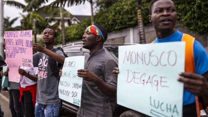 """RDC : pour avoir manifesté pour le départ de la Monusco, 8 militants du mouvement citoyen """"Lucha"""" risquent 10 ans de prison."""