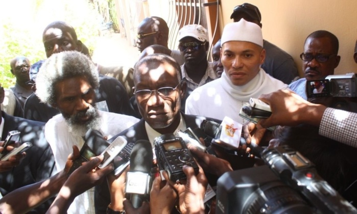"""""""N'ayant rien trouvé dans les comptes de Karim Wade, les enquêteurs se rabattent sur des suppositions"""" (avocats)"""