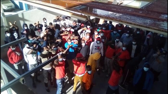Immigration clandestine : Ce qu'il faut savoir sur le cas des 225 migrants retenus sur l'Île de Ténérife