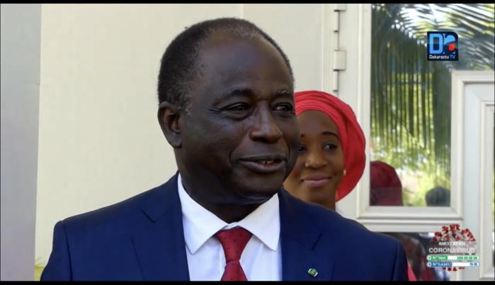 Ibrahima Macodou Fall répond à certains spécialistes de la santé : « Si la hausse des cas de Covid19 au Sénégal est liée à l'efficacité des masques, il faut absolument incriminer les masques jetables importés »