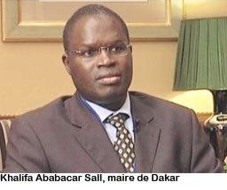 Le maire de Dakar reçoit le président de l'Assemblée nationale française, à 9h 30