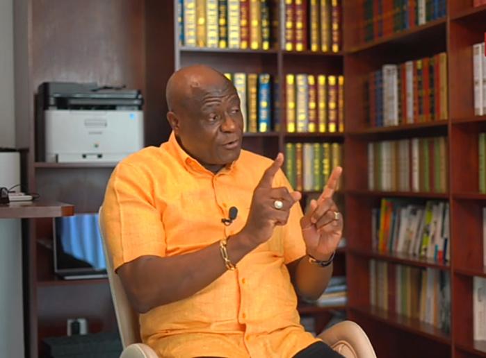 Constant Omari (Président intérimaire CAF, vice-président FIFA) : « Un coup fourré pour m'empêcher d'être candidat ? »