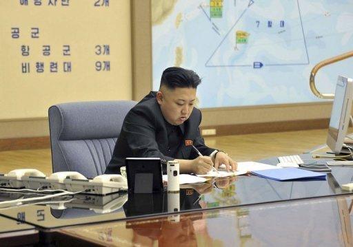 Corée du Nord: des secrets militaires révélés par des photos officielles?