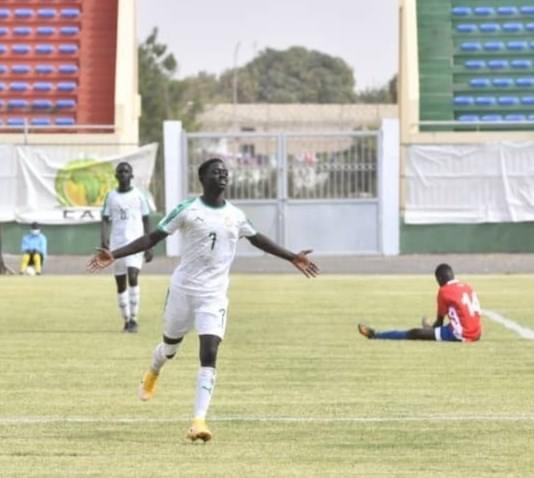 UFOA-A / U17 : Les lionceaux dominent la Gambie d'entrée 4-2, Ibou Sané s'offre un triplé !