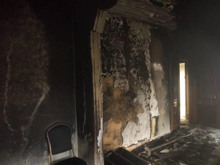 Manifestation Pro-Sonko : La maison de la mère de Mamour Diallo vandalisée et brûlée, sa grand-mère de plus de 100 ans échappe de peu aux flammes
