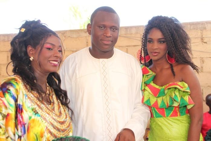 Ahmada Mbacké en compagnie de sa femme Sophia et de sa belle-sœur Lissa le jour du baptême son fils Noreyni