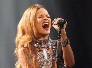 Rihanna victime d'une mauvaise blague : sa maison prise d'assaut