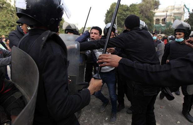 Affrontements près du Caire entre musulmans et coptes: cinq morts