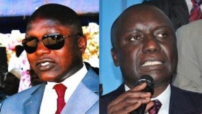 Rewmi : Oumar Guèye se dirige tout droit vers la sortie