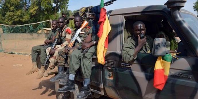 ALERTE - Mali: un soldat malien tué lors d'une opération de désarmement à Bamako