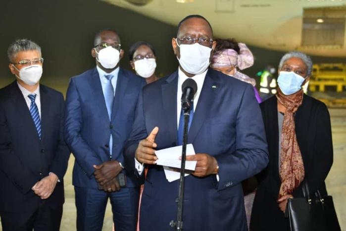 Le président Macky Sall après la réception des premières doses de vaccins contre la Covid-19 : «Nous entamons une nouvelle étape de notre combat commun contre un ennemi commun...»