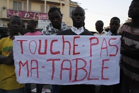 """Sommés de déguerpir les trottoirs avant le 15: Des ambulants décrètent """"Dakar ville roue"""" ce matin"""