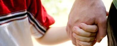 Yvelines : le pédophile attirait l'enfant avec des Kinder