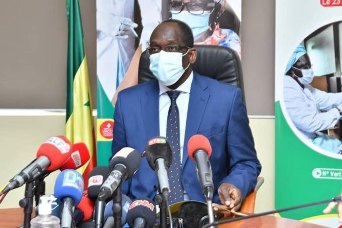 Vaccination contre la covid-19 : «10% des 200.000 doses seront destinés à la Guinée Bissau et à la Gambie» (Abdoulaye Diouf Sarr)