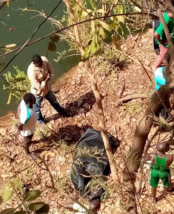 KÉDOUGOU : Les corps sans vie de deux enfants disparus au fleuve Gambie retrouvés ce matin.