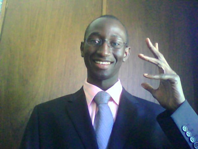 Communication de dissimulation : Macky Sall a repris les mêmes tic-tacs qu'Abdoulaye Wade
