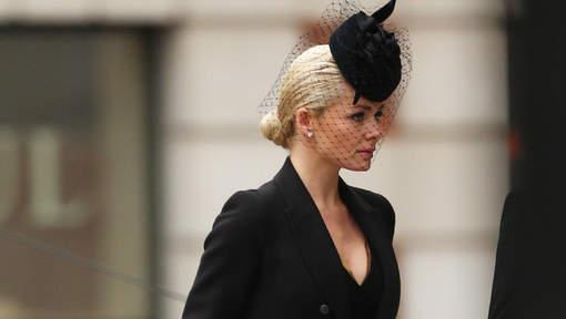 Un décolleté inapproprié aux obsèques de Thatcher