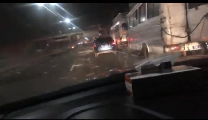Autoroute à péage : Des individus interceptent les véhicules et agressent les occupants.
