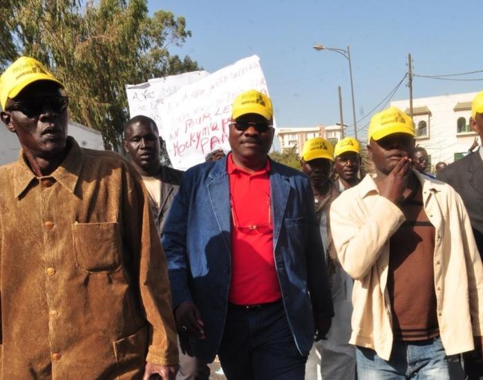 Les images de la marche organisée par les responsables du parti démocratique sénégalais