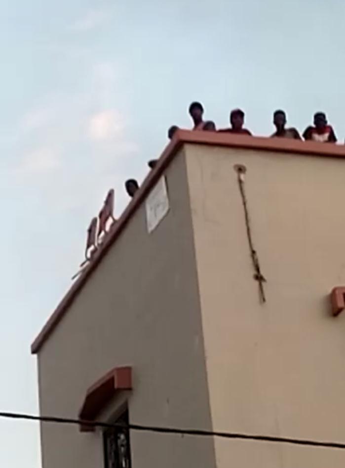 Manifestations à Louga : Le domicile de Mamour Diallo échappe à une tentative d'attaque.