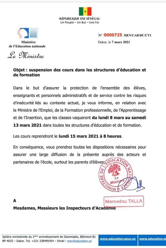 MANIFESTATIONS AU SÉNÉGAL : Les cours suspendus du 8 au 13 mars sur toute l'étendue du territoire national . (DOCUMENT)