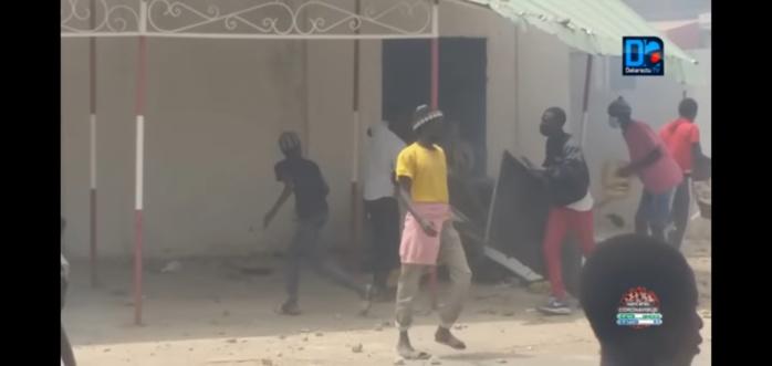 MANIFS ÀDIOURBEL ET TOUBA : Le prof de Lycée condamné... 09 personnes placées sous mandat de dépôt et 20 mineurs libérés.