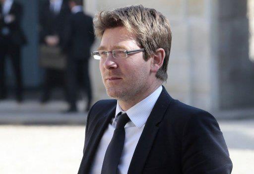 Pascal Canfin refuse d'embarquer dans un avion transportant un Malien expulsé