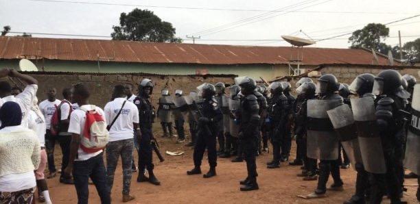 Gambie : La mort d'un jeune déclenche des émeutes au village côtier de Sanyang.