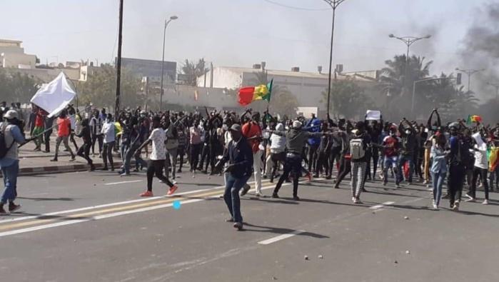 Émeutes et Saccages : 14 personnes arrêtées lors des manifestations recouvrent la liberté.